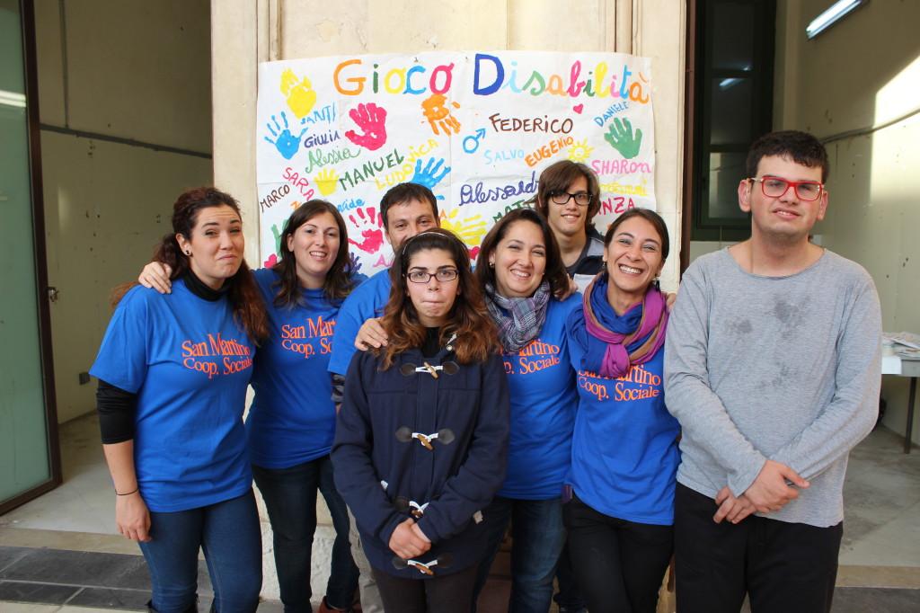 un gruppo del Progetto Gioco Disabilità alla giornata del sapere- Antico Mercato